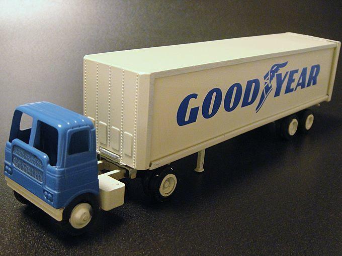 ★70'sアメリカ製ウインロス社グッドイヤーミニチュアトラックトレーラー