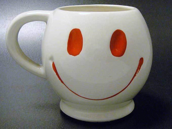 ★70'sアメリカ製マッコイ社スマイリーマグカップ ホワイト色