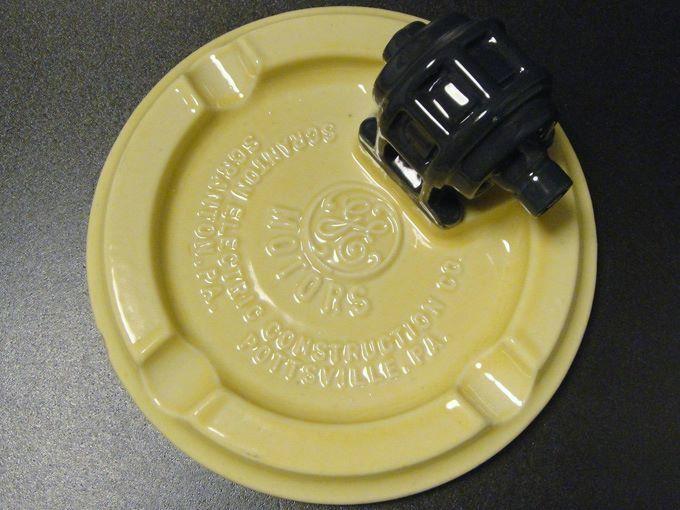★50'sゼネラル・エレクトリックGEモータースノベルティ陶器製灰皿